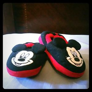 Other - Mickey Mouse Slippers Boys Size 9/10